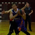 """Su kamuoliu rezultatyviausias  ,,Megalinija"""" žaidėjas numeris 14 - Kazys Motiekaitis."""